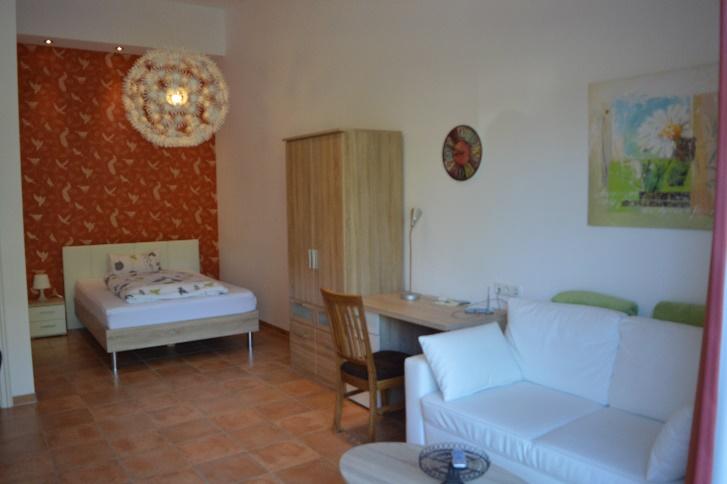 Remisen Studio mit Terrasse und französischem Bett im Landhaus Diana